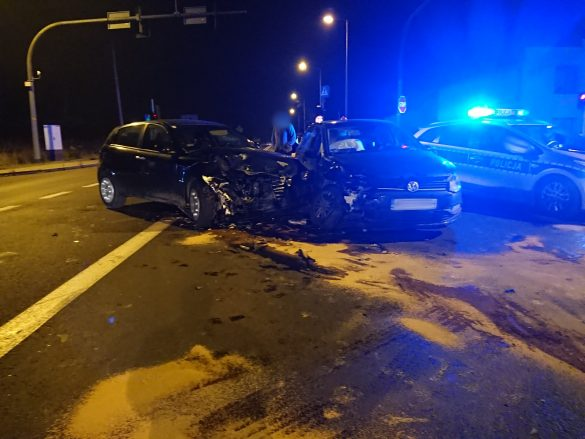Wypadek drogowy w Chełmku na DW 780. ZDJĘCIA! FILM