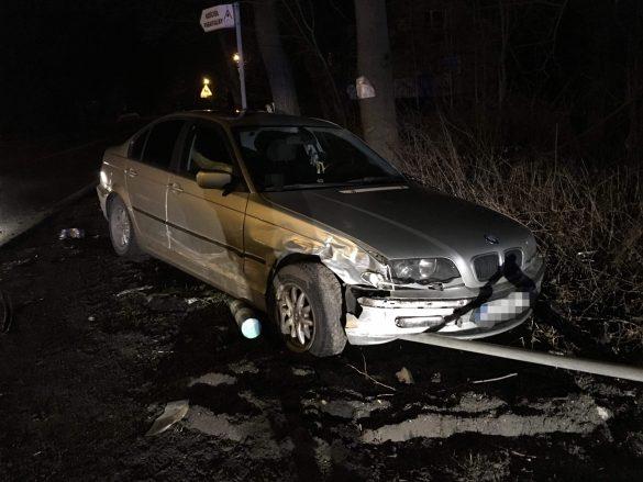 """Zderzenie dwóch pojazdów pod ,,Górą Grojecką"""" sprawca oddalił się z miejsca zdarzenia – ZDJĘCIA!"""