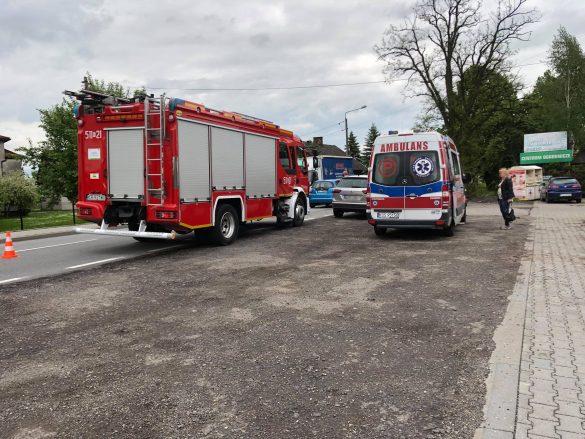 UWAGA! Utrudnienia na DW948 w Grojcu. Zdarzenie drogowe – ZDJĘCIA!