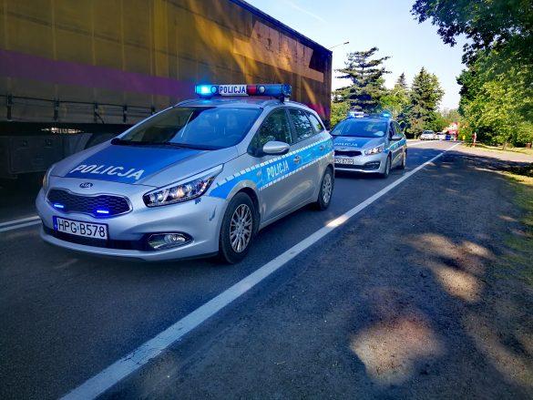 Poważny wypadek w Chełmku. Dwie osoby potrącone przez samochód – ZDJĘCIA!