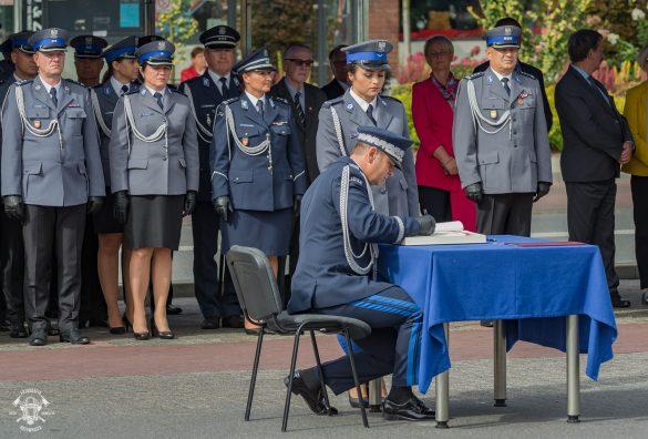 Sztandar dla Komendy Powiatowej Policji w Oświęcimiu – ZDJĘCIA!
