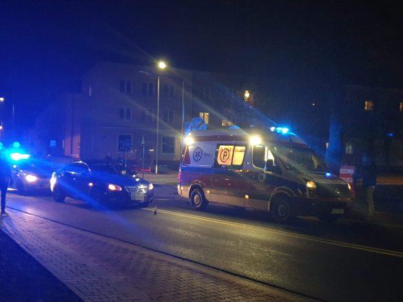 Potrącenie pieszej w Oświęcimiu. Ulica Olszewskiego zablokowana. ZDJĘCIA!