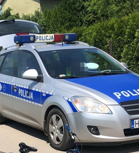 Nietrzeźwy kierujący doprowadził do niebezpiecznych zdarzeń na drodze, został zatrzymany przez sąsiada – ZDJĘCIA!