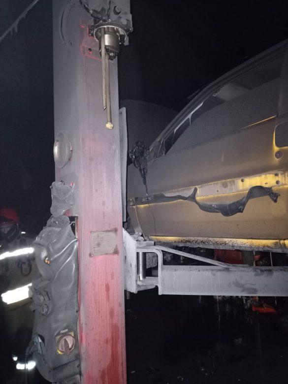 Pożar warsztatu samochodowego w Brzeszczach – ZDJĘCIA!